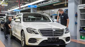 2018 mercedes benz s class drives off the production line without