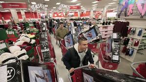 is shoppers open on thanksgiving most stores are going to let people eat their thanksgiving dinners