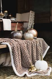 Thanksgiving Picnic Ideas Thanksgiving And Fall Tablescape Ideas Glamorous Luxury Passion