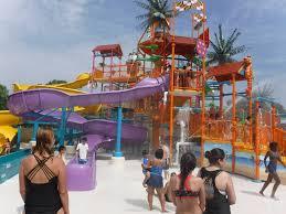 6 Flags Water Park Six Flags America New Splash Water Falls U0026 Crab Feast Fun Moms