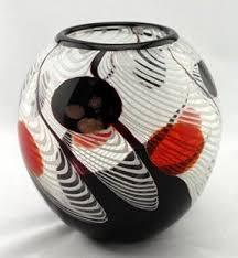 Red Glass Vases And Bowls Black And White Vase Foter