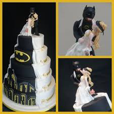 batman wedding dress i how the white icing is a continuation of dress my