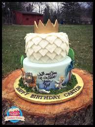 custom cakes 35 best s custom cakes images on custom cakes