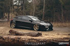 stanced renault megane coupe 2012