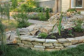Tiered Backyard Landscaping Ideas 27 Backyard Retaining Wall Ideas And Terraced Gardens