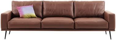 canape en cuir les plus beaux canapés en cuir femme actuelle