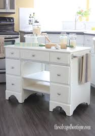 Desk Refinishing Ideas Best 25 Old Desk Redo Ideas On Pinterest Diy Changing Table