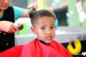 cutting biracial curly hair styles my curly boy s first buzz haircut de su mama
