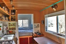 man builds 200 sq ft solar off grid tiny house
