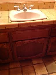 paint color for half bath with spanish tile