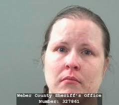She She Police Woman Locked Her Kids In Car Trunk While She Shopped