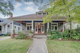 Craftsman House For Sale For 750k Candler Park Classic Offers Craftsman Detailing