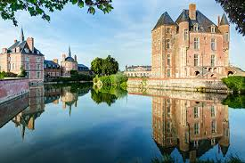 great destinations in loire valley for family friends franc