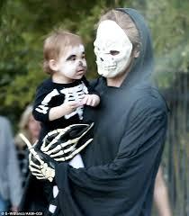 Hunchback Notre Dame Halloween Costume Ryan Gosling Eva Mendes U0027 Daughter Esmeralda