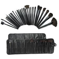 foolzy 32 professional makeup brush set with travel case at rs