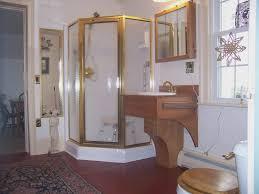 small bathroom design ideas on a budget small bathroom design ideas on a budget the door mirrors 4 25
