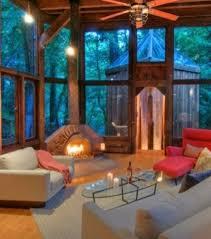 chambres dans les arbres photo ambiance tamisée et relaxante pour cette chambre à l