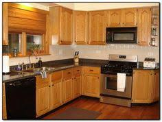 Oak Cabinets Kitchen Design Flooring With Honey Oak Kitchen Cabinets Ideas Kitchen Island