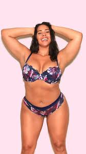 this plus size model recreated s secret ads and the