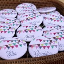 cadeau invitã mariage pas cher petit badge prénom c est la fête les petits cadeaux
