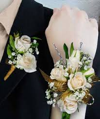 Gold Boutonniere Corsages U0026 Boutonnieres Wrist Corsages Poway Ca Crystal Gardens