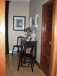 designdreams by anne painting out 1930s wood trim