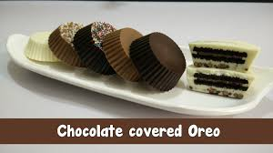 Chocolate Covered Oreo Cookie Molds And Boxes Chocolate Covered Oreo Recipe In Hindi By Cooking With Smita