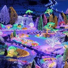most beautiful holiday lights around the world tripping com