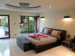 le de plafond pour chambre emejing faux plafond chambre a coucher design images design trends