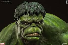 sideshow green hulk premium format statue photos u0026 order
