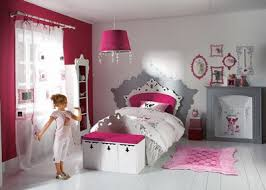 chambre fille design decoration lit fille visuel 9