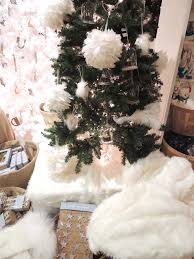 white faux fur tree skirt faux fur tree skirt noel blanc faux fur