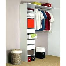 petit dressing chambre dressing pour chambre lit petit espace idee amenagement
