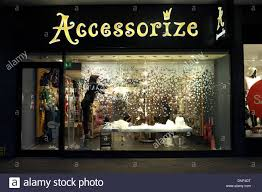 Christmas Window Decorations by Christmas Window Display Window Displays And Christmas Windows