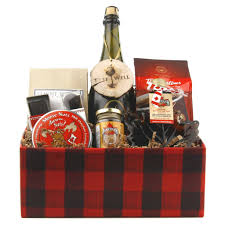 canadian gift baskets the canadian gift basket warm wishes gifts warmwishesgifts ca