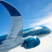 747 Dreamliner Interior Airbus Vs Boeing We Compare The A380 Vs B787 Dreamliner And The