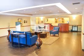 Comfort Inn Phoenix West Comfort Inn And Suites Surprise Az Booking Com