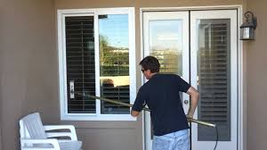 orange county window cleaning demonstration by skyview owner jeff