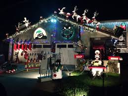 Christmas Town Decorations House Decked Out In Nightmare Before Christmas Dorkly Post
