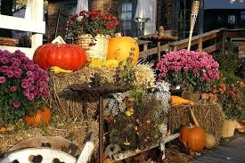 fall outdoor decorations outdoor fall decorations fall decorating ideas outdoor fall