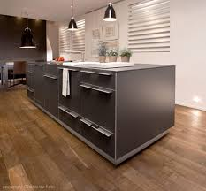 parquet dans une cuisine quel sol pour la cuisine inspiration cuisine