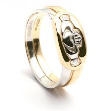 claddagh rings claddagh ring meaning how to wear claddagh ring