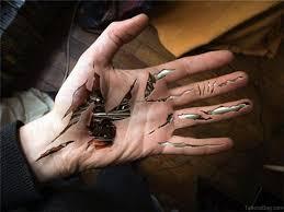 tetu in hand 47 mind blowing hand tattoos