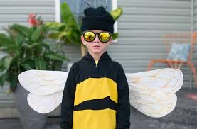easy bumble bee costume paint smile