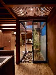 Patio On Guerra by Katsutoshi Sasaki Ogaki House