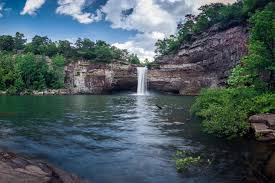 Alabama waterfalls images Alabama 39 s most beautiful waterfalls visit lookout mountain jpg