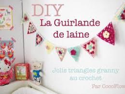 guirlande pour chambre bébé diy guirlande triangles au crochet pour chambre d enfant