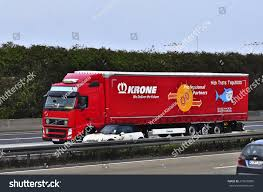 bbc autos make way for the world u0027s fastest truck 100 volvo trucks global global cv u0026 equipment pte ltd
