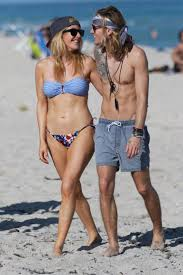 ellie goulding and dougie poynter got matching tattoos