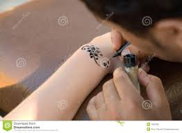making temporary henna tattoo stock image image 1962283